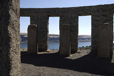 samuel: MARYHILLWASHINGTON STATE USA _ American Samuel Hill went to engkand in 1914 and deplicates and design Stonehenge Salisbury plain whiltshire Stonehenge  has over look view of Columbia river lcaled in Washington state and  over looking view Organ state 10 Editorial