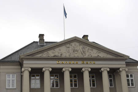 cash cycle: Copenhagen Denmark-  20 November  2013   Danske bank  fied over 200 personal from banking job  danske bank