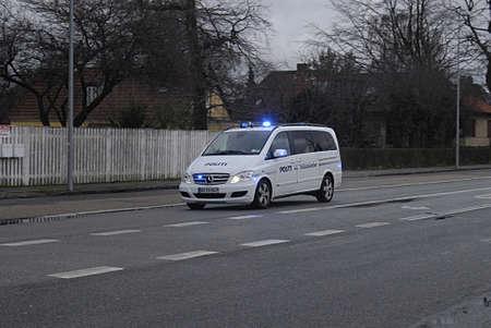 kastrup: Kastrup Denmark-  04 December  2013  _Politi indsatsleder van in action