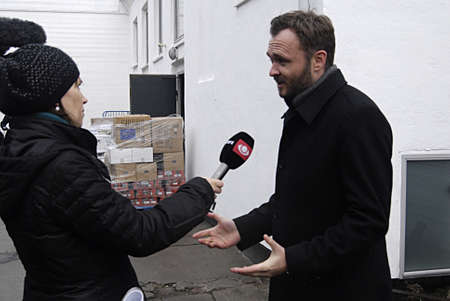 projekt: Copenhagen Denmark-  19 December  2013 _Dan J�rgensen (Dan Jorgensen) danish minister for food and agriculture visits  place called _Project Homless   _food and affation till towns homeless food is donation from various food firms org.called stop wasting
