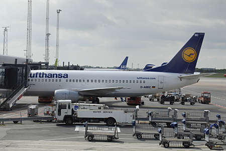 kastrup: KASTRUP COPENHAGEN DENMARK- Germany compnay Lufthanasa fligth boards for passenger to fligh       16 May 2014