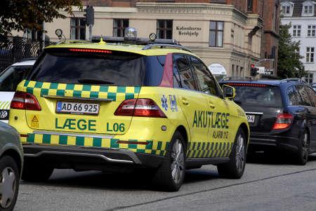 light duty: COPENHAGEN DENMARK-   Danish medical emergency auto amublance among trafic not blue light emergency duty transportation       11 sept.  2014   Editorial