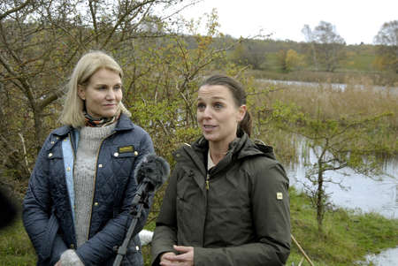 prime minister: COPENHAGENDENMARK_Ms.Helle Thorning-Schmidt danish prime minister and Ms.kirtsen Brosbol(Brosb�l) danish minister for environment present today Vest amager natture park  at Kalvebod Faelled Natrure Park today amd met ith danish students and talk to press