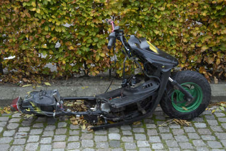COPENHAGEN/DENMARK_Unknow person removed wheel from stolen motor bike             27 October  2014 에디토리얼