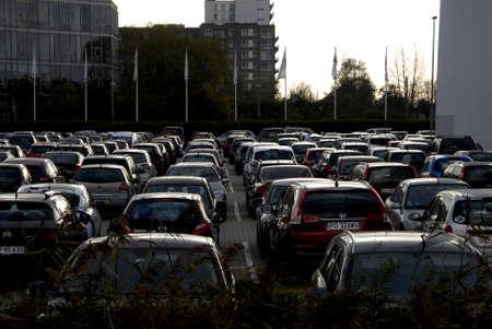voiture parking: COPENHAGENDENMARK_  Huge car parking at bella center for bogforum           07 November  2014