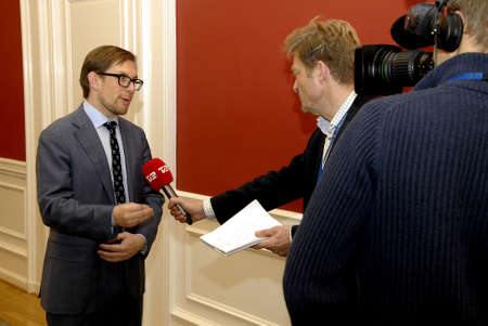 ministers: COPENHAGENDENMARK_ Simon Emil Ammitzboll (Ammitzb�ll) menber of danish political alliance party talking to media beofre going to meeting with three ministers on refugees from Syria at christiansborg today on           20 November  2014