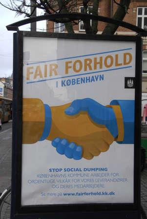 councils: COPENHAGEN  DENMARK_Blboard per fiera consapevolezza stop inizia il dumping sociale sul posto di lavoro 21 Novembre 2014