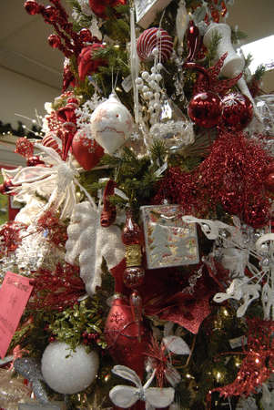 get one: Clarkston. Washington state. USA  _Christmas tree disocun sale buy one get one half price on last nintue christmas eve sale at gift shop              24 December   2014.