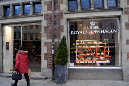 hm: Copenhagen-Denamrk. Various stores in Copenhagen have started sale and these is also Copenhagen Fashion week                29   January 2015