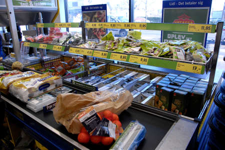 febuary: Kastrup. Copenhagen-Denamrk _Danish consumers like German Lild grocery chain store due to much better ood items and lighting and clean shelves and floor                 05 Febuary 2015 Editorial