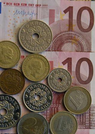 presure: Copenhagen-Denamrk Financial news that danish kroners is undr presure and national bank of Denmark lower again inyerest rate danish kroners and or danish krons and euos noted abd coins               06 Febuary 2015 Editorial