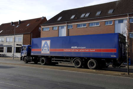 febuary: Kastrup_Denmark  _Aldi food delivery truck today on monday             09 Febuary 2015