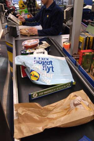 francis dean: Copenhagen Denamrk _11 May 2015_ Consumeer shopping in German food chain store Lidl in Copenhagen