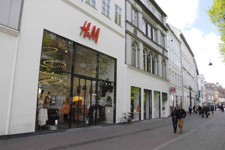 francis dean: Copenhagen Denamrk _17 May 2015_ Swedish chain H&M  stor o stroget opens on sunday Editorial