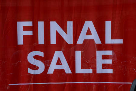 nord: CopenhagenDenmark 21 July 2015_Shoppers walk by final 70% disocunt  sale sign in windows at Magasin du nord department store         (Photo by Francis Joseph DeanDeanpictures)