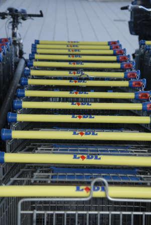 shopping carts: CopenhagenDenmark 02 September   2015_  Lidl shopping carts