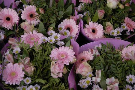 vendor: CopenhagenDenmark _ 09 November  2015_Flower bouquets for sale at vstreet vendor