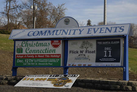 news stand: Lewiston Idaho USA_ 09 December  2015 _Community eent showcase  as christmas connection and others