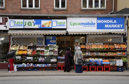 danmark: CopenhagenDenmark _ 22 March  2016_Integration mondila food and veges market