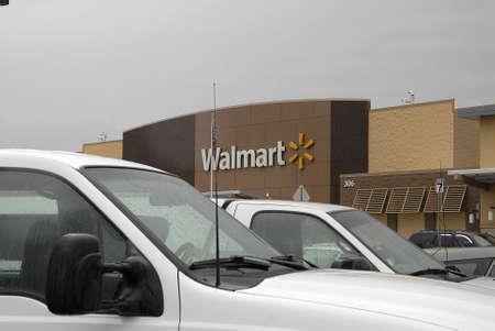 unites: ClarkstonWashington USA- 10 June 2016_ Wal-mart_walmart mega store