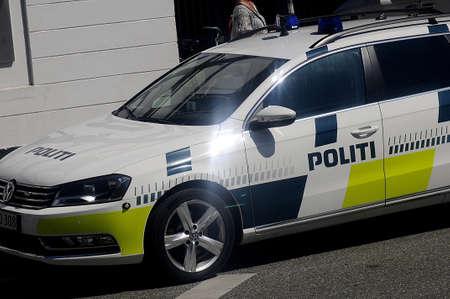 bil: Copenhagen_Denmark_  24 July 2016-Danish police vehicle  (danske politibil) on amamger Editorial
