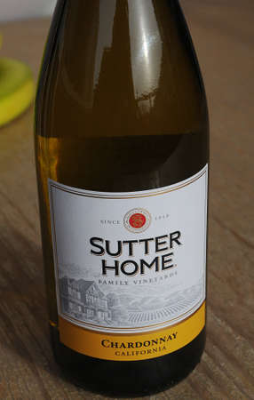 kastrup: Kastrup_ Copenhagen_Denmark _03 March  2017_ Sutter Home Family vineyards chardonnay california USA. Editorial