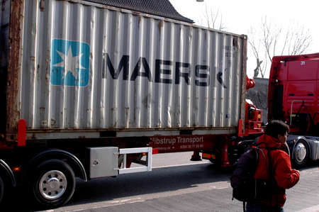 dean Pictures: DANISH SHIPPING MAERSK CONTAINER