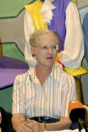 La regina Margrethe II di Danimarca arriva e ripassa le prove dopo la conferenza stampa tenuta il 16 luglio 2009. Archivio Fotografico - 86715495