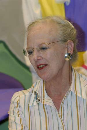 La regina Margrethe II di Danimarca arriva e ripassa le prove dopo la conferenza stampa tenuta il 16 luglio 2009. Archivio Fotografico - 86715496