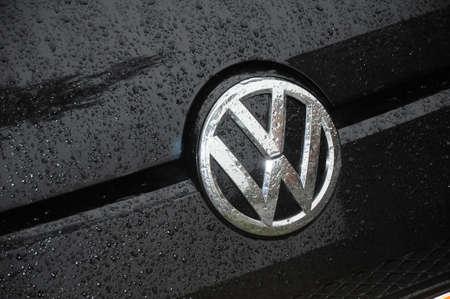 Kopenhagen  Denemarken - 21 oktober 2017. Volkswagen Duits auto-logo.