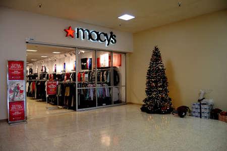 LEWISTONIDAHOUSA 21 December  2017.  Macys store in mall . Editorial