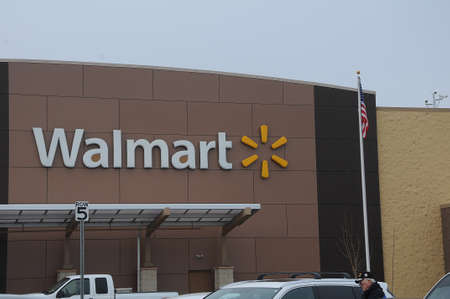 CLARKTSONWASHINGTONUSA 31 December  2017.   Walmart store  in wahsignton.