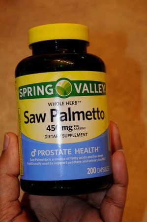 LEWISTON  IDAHO ( USA  02. January 2018  _Saw Palmettoa wole herb 450mg dietary supplements prostate health.