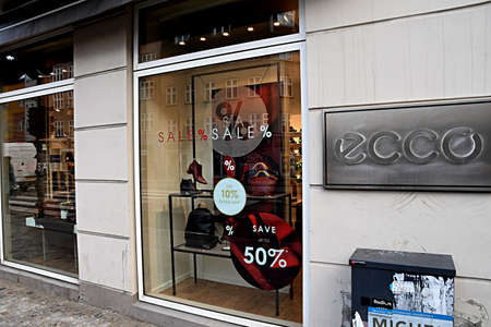 c7a0799b9b5 CopenhagenDenmark. 28.December 2018._50% disocunt sale at Ecco shoe store on