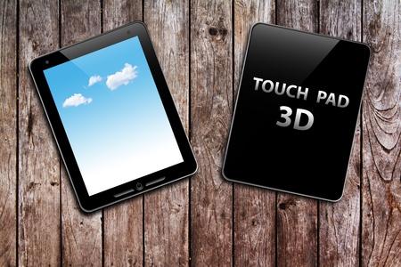 dictatorial: Touch pad al riciclo della carta e penna d'oro su tavola di legno Archivio Fotografico