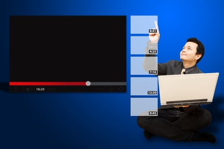 vdo: Business man touch the VDO download windows