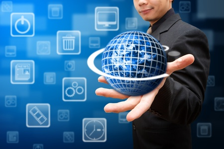 mundo manos: Globo en la mano inteligente