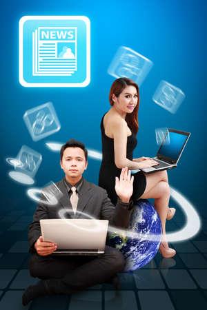 icone news: Homme d'affaires et de la femme de pr�senter l'ic�ne Nouvelles