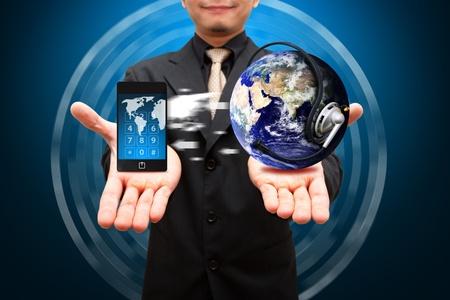 hi speed: Smart phone loading data from app world