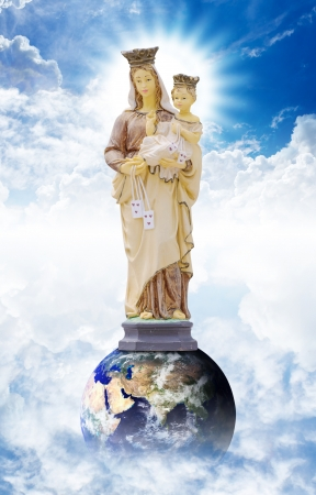 Mary and Joseph on the heaven Stock Photo - 14010002