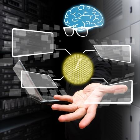 Genius programador y nano pelota en la mano