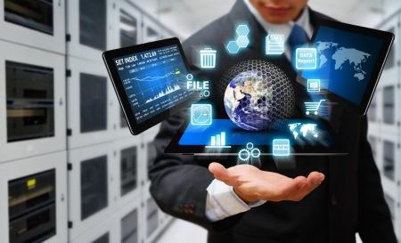 Techniek in datacenter kamer Stockfoto