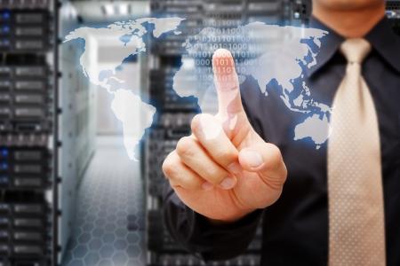 communicatie: Programmeurs in datacenter kamer