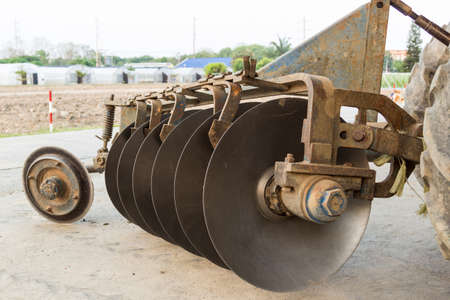 harrow: The Old Harrow Disc Plow