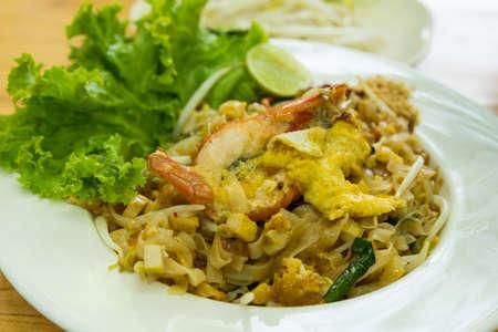 thai noodle: Thai noodle (Pad Thai)