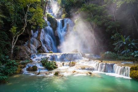 Kuang Si Waterfall in Luang Prabang, Laos Archivio Fotografico