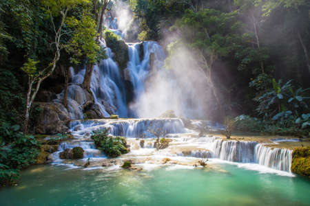 Kuang Si Waterfall in Luang Prabang, Laos 版權商用圖片