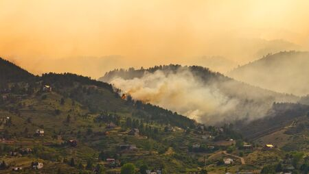 wildfire: High Park Wildfire flames threatens homes in Colorado June 11th 2012