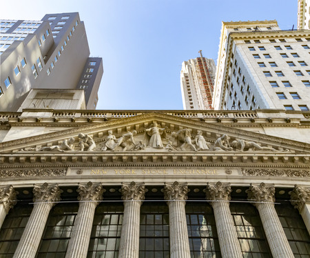 NEW YORK CITY - CIRCA 2019: The historic New York Stock Exchange building stands in the financial district of lower Manhattan in NYC 에디토리얼