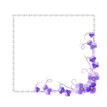 perlas: Hermoso marco con flores de color violeta y las perlas aisladas sobre fondo blanco para tarjeta de felicitación o diseño de la invitación.